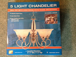 BRAND NEW.....CHANDELIER....Large ...5 Light
