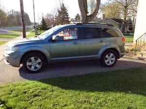 2010 Dodge Journey SUV, Crossover London Ontario image 4