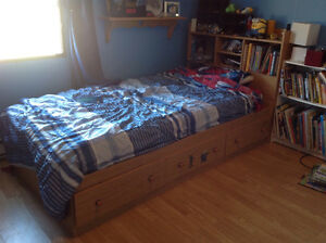Captain's Bed Set
