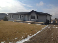Home for Sale in Rolling Hills Alberta