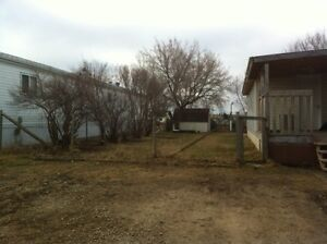 Mobile Home Trailer House with Lot for sale in Wainwright