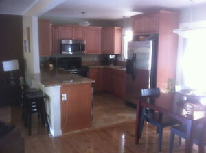 ****Reduced**** House for Rent - VLA Area