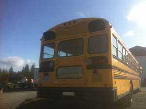 School bus Need to go fast