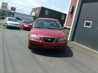 2004 HYUNDAI ELANTRA  -  LOADED -  PRIVATE SALE  BEST BUY $2550.