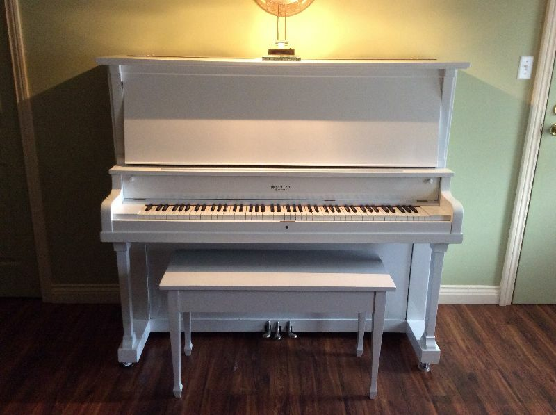 Piano antique pianos claviers trois rivi res kijiji for Kijiji trois rivieres meuble a donner