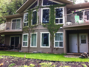 Blind Bay walk-out suite for rent