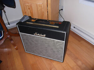 Marshall  1974X  18 watts  Condition comme neuf  avec housse.