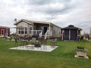 Park model and lot for sale at Trestle Creek RV and Golf Resort