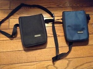 2 Nintendo DS carrying cases (black and blue)