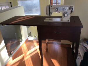 Vintage White Sewing Machine Table, great condition!