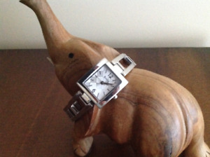 Roots ladies watch