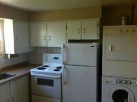 2 bedroom apartment by Elmwood Dr.