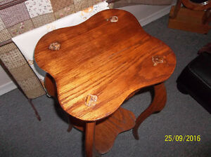 Antique solid oak plant stand-very ornate Kitchener / Waterloo Kitchener Area image 4