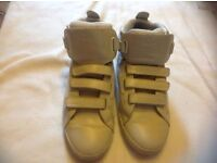 Lacoste men's trainers size: 8 used £3