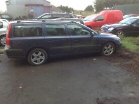 2002 Till 2005 Volvo V70 petrol and diesel 7 seats All parts Available