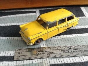 Rare Vintage Lesney Matchbox AmericanFordStationWagon-made in UK