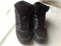 Nike men's trainers boots size: 8 used £4