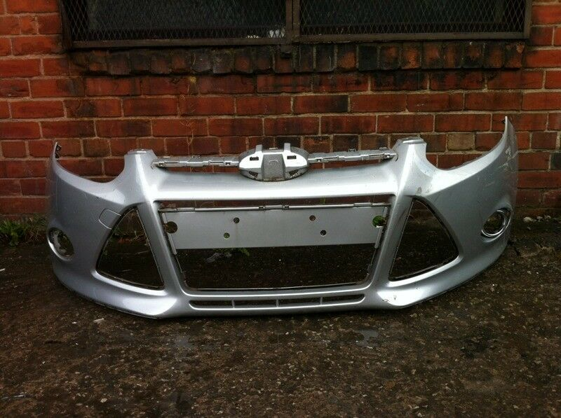 Ford focus front bumper 2011-2015 £20