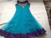 Indian ladies dress only dress size: 37inc chest used £5