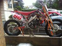 Stolen dirt bike 2000$ reward