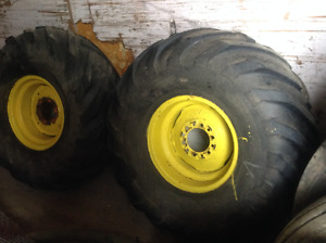 Tractor tires  13.50 x 16