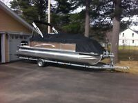2012 Cypress Cay Sport 23 Foot Pontoon Boat