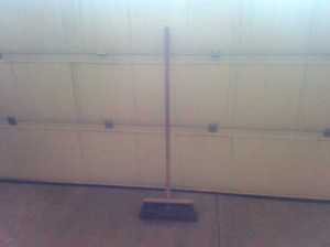 "Heavy Duty 14"" Push Broom"