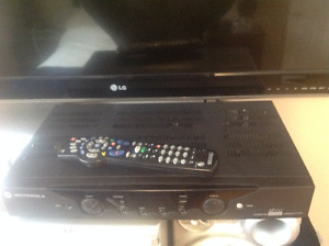 COGECO RECEIVER & REMOTE,not hi-def but looks new,works like new