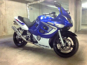 2006 SUZUKI GSX 600 KATANA - MINT CONDITION -REDUCED