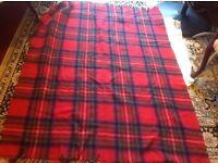 Single size blanket good condition size: 165x127cm £4