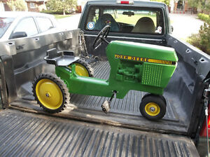 Ertle 520 Pedal Tractor  ***RARE***