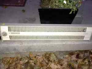 Mastercraft 1000W electric heater for sale London Ontario image 1