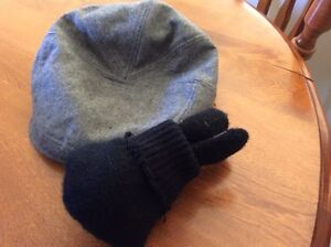 Cute men's winter hat and gloves