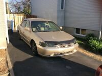 HONDA ACCORD SE 2000 - 1900$