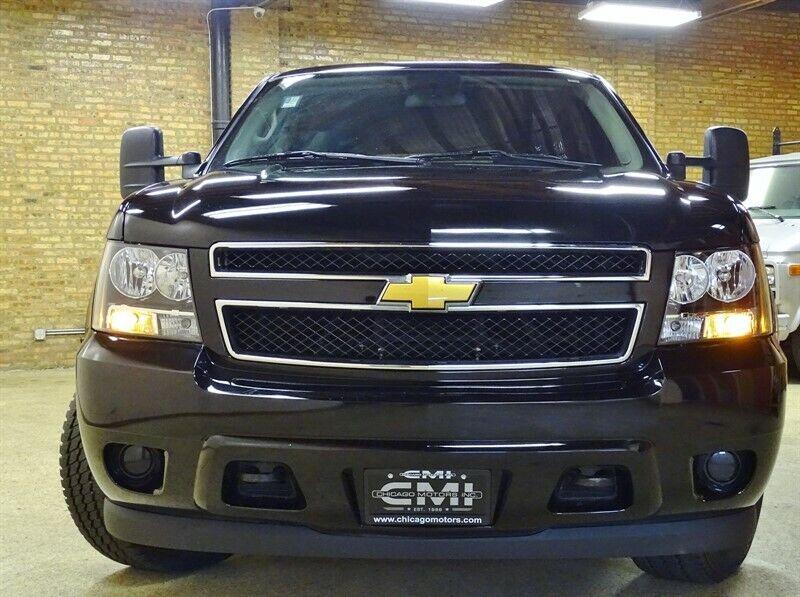 Image 4 Voiture Américaine d'occasion Chevrolet Suburban 2011