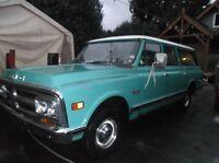 1971 GMC Suburban Wagon