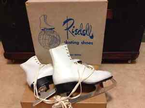 Vintage lady's  Riedell Skates size 9