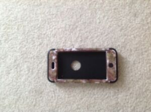 iPod Touch 5 Otter Box **Excellent Condition **