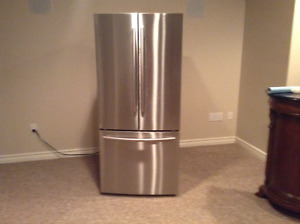 """Samsung 30"""" 21.6 Cu. Ft. with French Doors"""