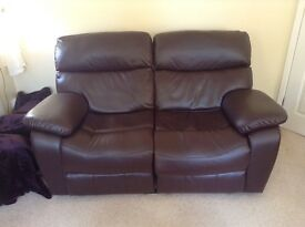 2 seater electric sofa great condition 3 years old!!!!