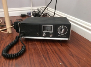 CB radio Base station with 1/2 wave indoor antenna