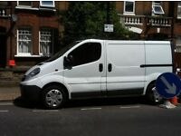 vauxhall vivaro 2011 with full size roofrack new mot and drives without fault