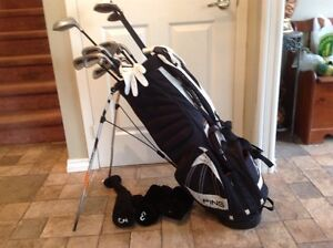 Full set of R/H clubs with golfbag