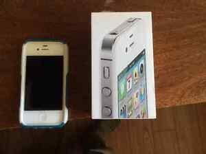 White Apple iPhone 4s 32GB with Otter Box!