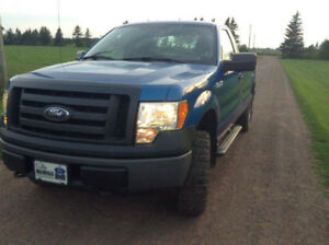 2010 Ford F-150 Pickup Truck low kilometres