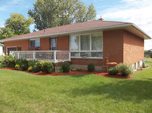 WELL MAINTAINED BUNGALOW 5 MINUTES TO HANOVER