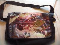 Shoulder bag unisex used £3