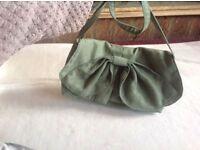 A/wear ladies shouder bag green used £2