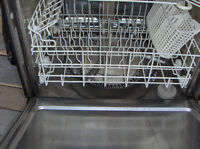 Dishwasher - Stainless steel tub - works well - White $85