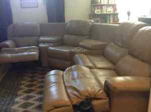 HOME THEATRE SECTIONAL